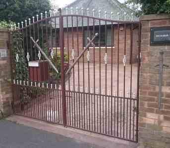 Steel Driveway gates Kirkham
